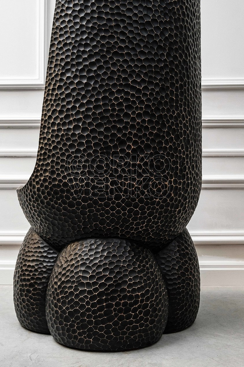 EMPEROR black shell chair